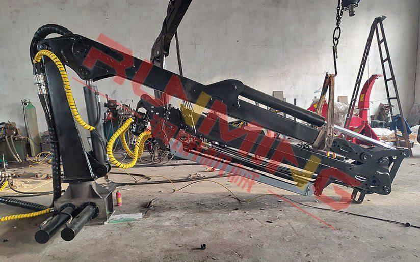 7.6米两节伸缩臂抓木机